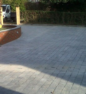 town-and-country-construction-haywards-heath-driveway