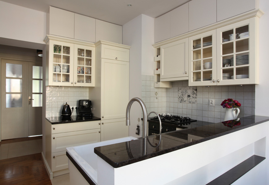 town-and-country-construction-kitchen-2